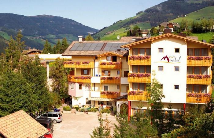 Hotel Mirabel ***s