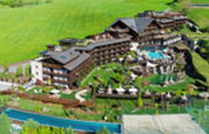 Andreus Resorts *****