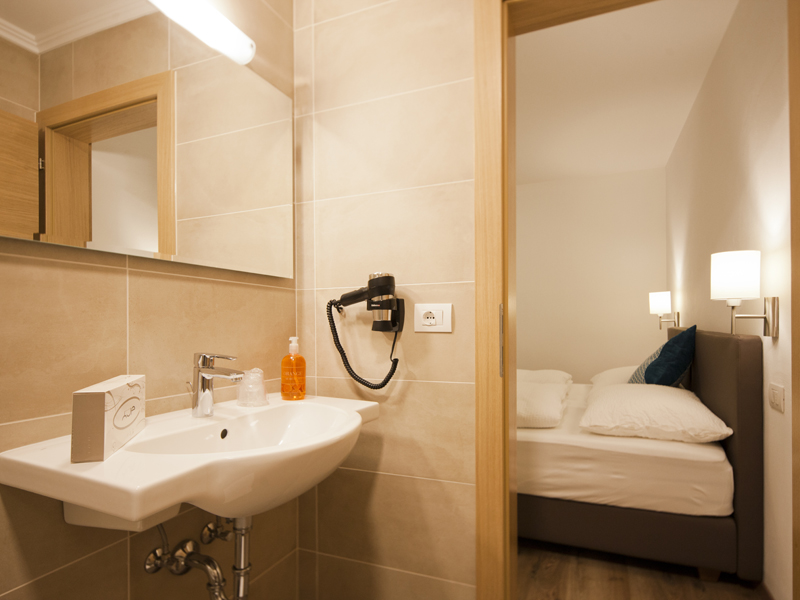Hotel Sonneck *** Doppelzimmer mit Bad