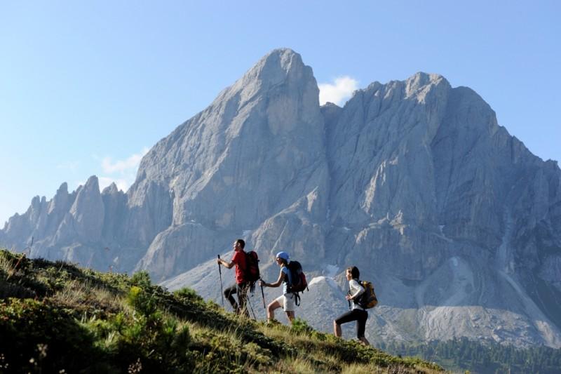 Alpin Panorama Hotel Hubertus ****s  2 geführte Wanderungen täglich, von Montag bis Freitag