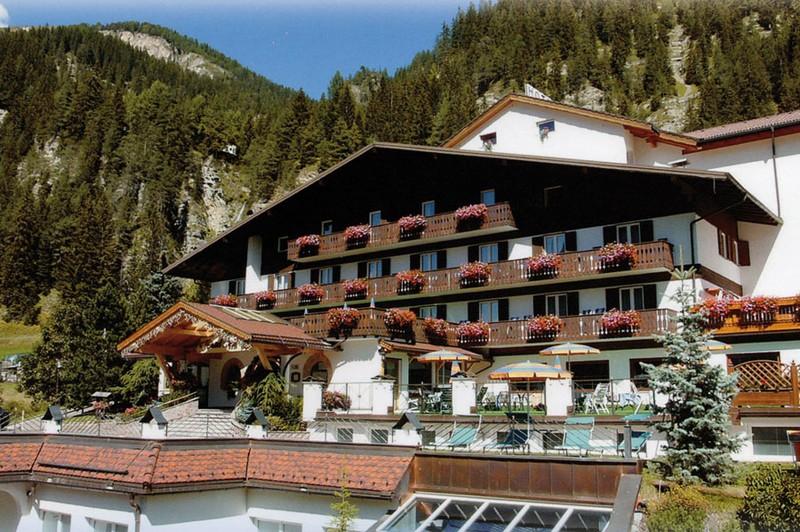 Hotel Cesa Tyrol ***S 3S Hotel Cesa Tyrol
