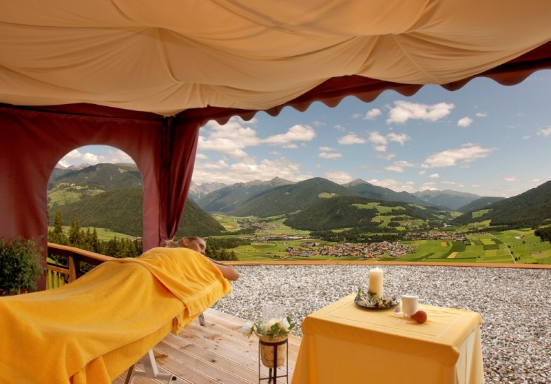 Alpin Panorama Hotel Hubertus ****s  SPA-Terrasse