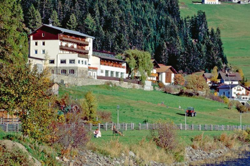 Seehotel al Lago *** 3 Seehotel al Lago