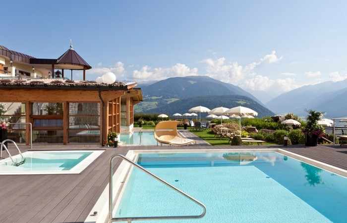 Alpin Panorama Hotel Hubertus ****s  4 outdoor pools
