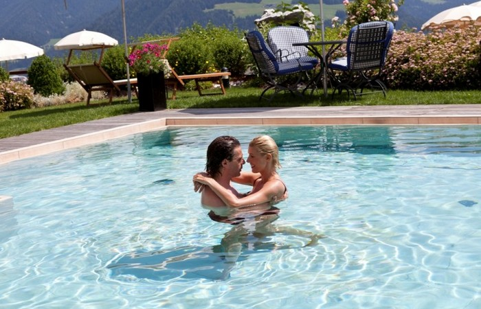 Alpin Panorama Hotel Hubertus ****s  Outdoor panoramic pool