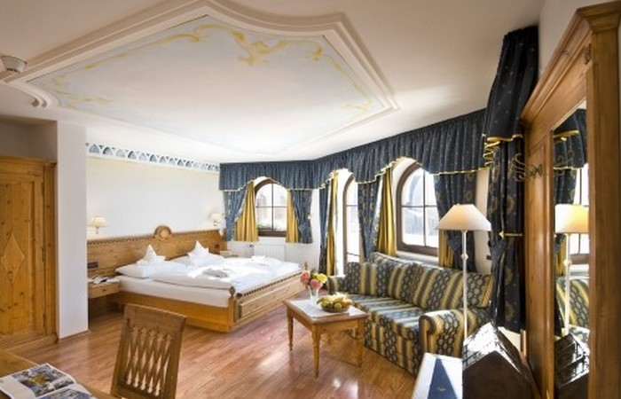 Hotel Ansitz Jakoberhof **** Hotel Ansitz Jakoberhof ****