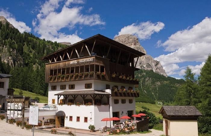 3 Hotel Belvedere