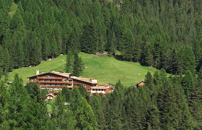 4 Hotel Ciasa Salares