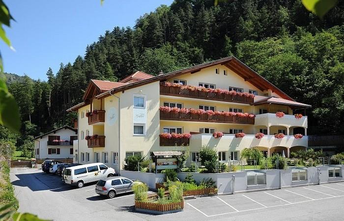 Hotel Gufler ****  4 Hotel Gufler