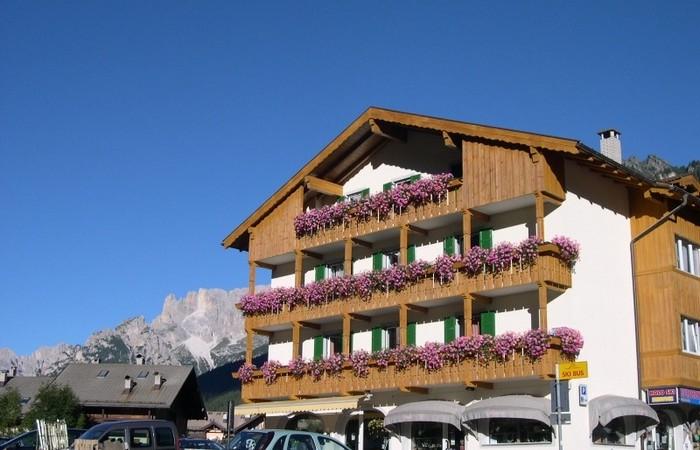 3 Hotel Ladina
