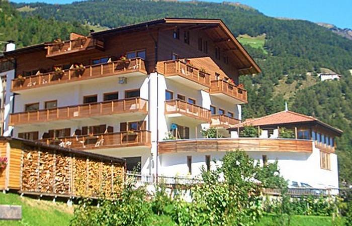 Hotel Lamm ****  4 Hotel Lamm