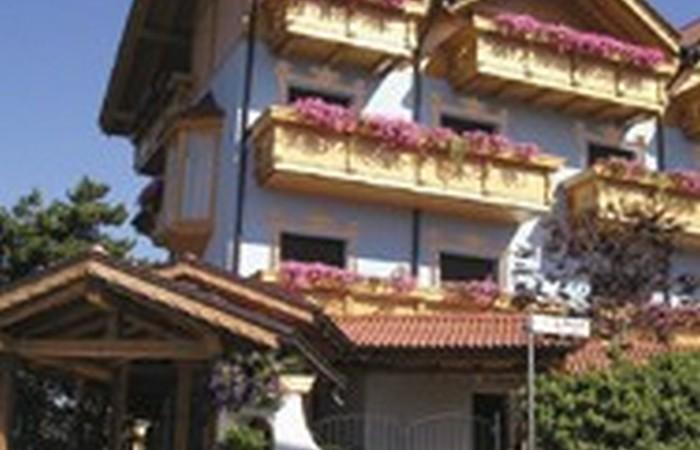 3 Hotel Miravalle