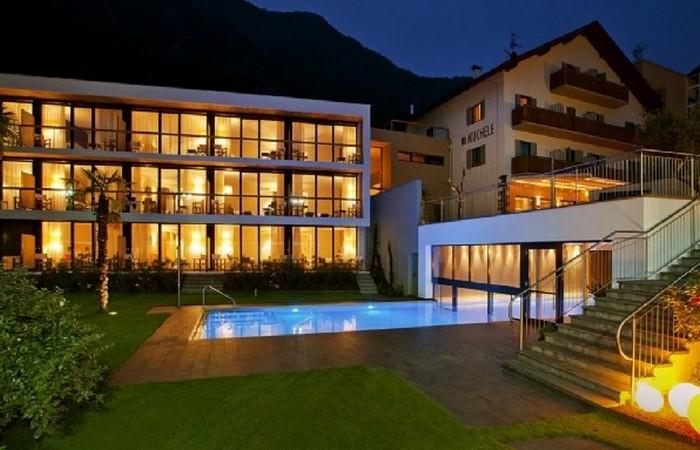 4 Hotel Muchele