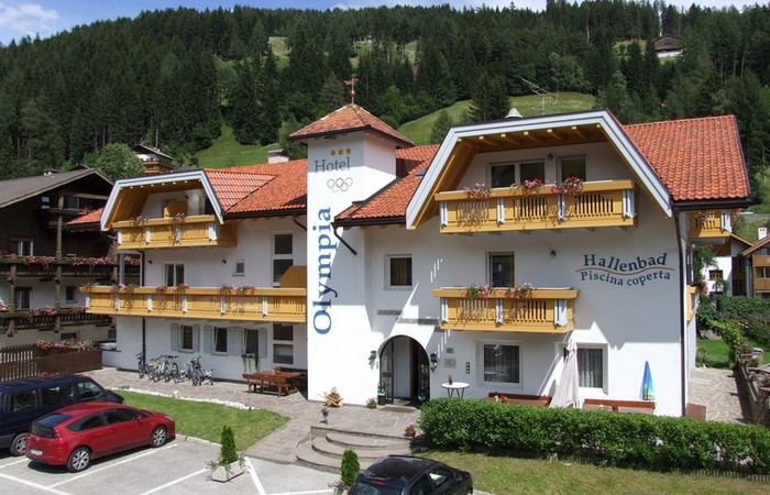 3 Hotel Olympia