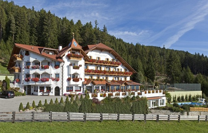 3 Hotel Sambergerhof