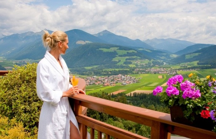 Alpin Panorama Hotel Hubertus ****s  Magnificent view