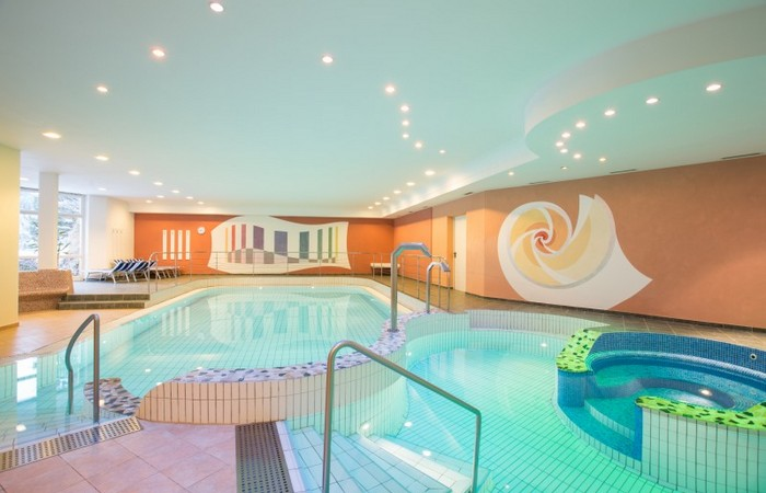 Good life Hotel Zirm ***s Indoor pool