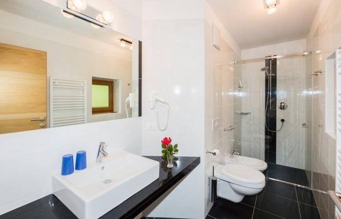 Hotel Feldrand bagno camera confort