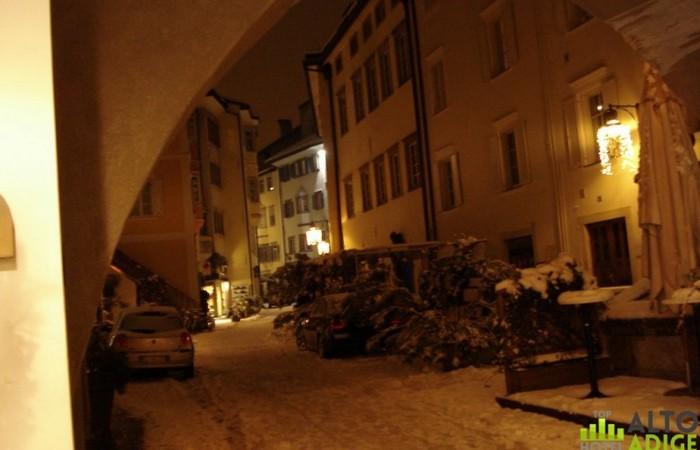 Galleria Fotografica Alto Adige Via Streiter - centro di Bolzano sotto la neve