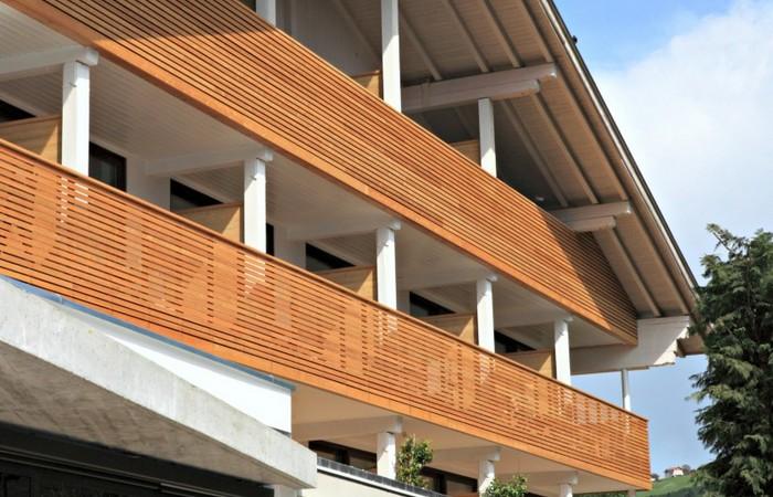 Alpines Wellnesshotel Tyrol ****  Holz