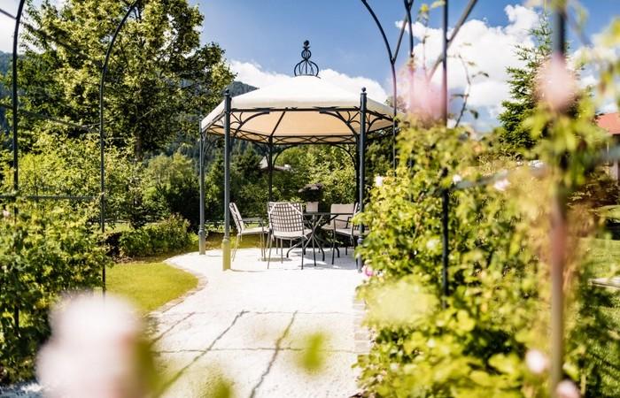 Hotel Zum Engel **** Parco di 6000 m² di proprietà dell'hotel