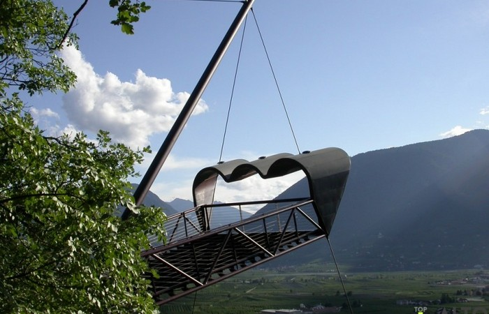 Photo Gallery South Tyrol Binoculars Matteo Thun at Trauttmansdorff Gardens in Merano