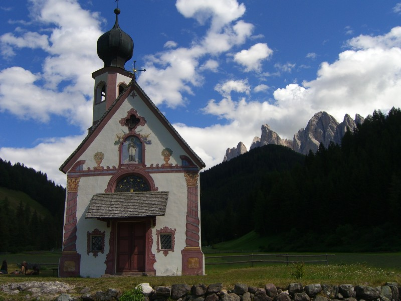 The peaks of the Odle and the Church of San Giovanni in Ranui in Val di Funes